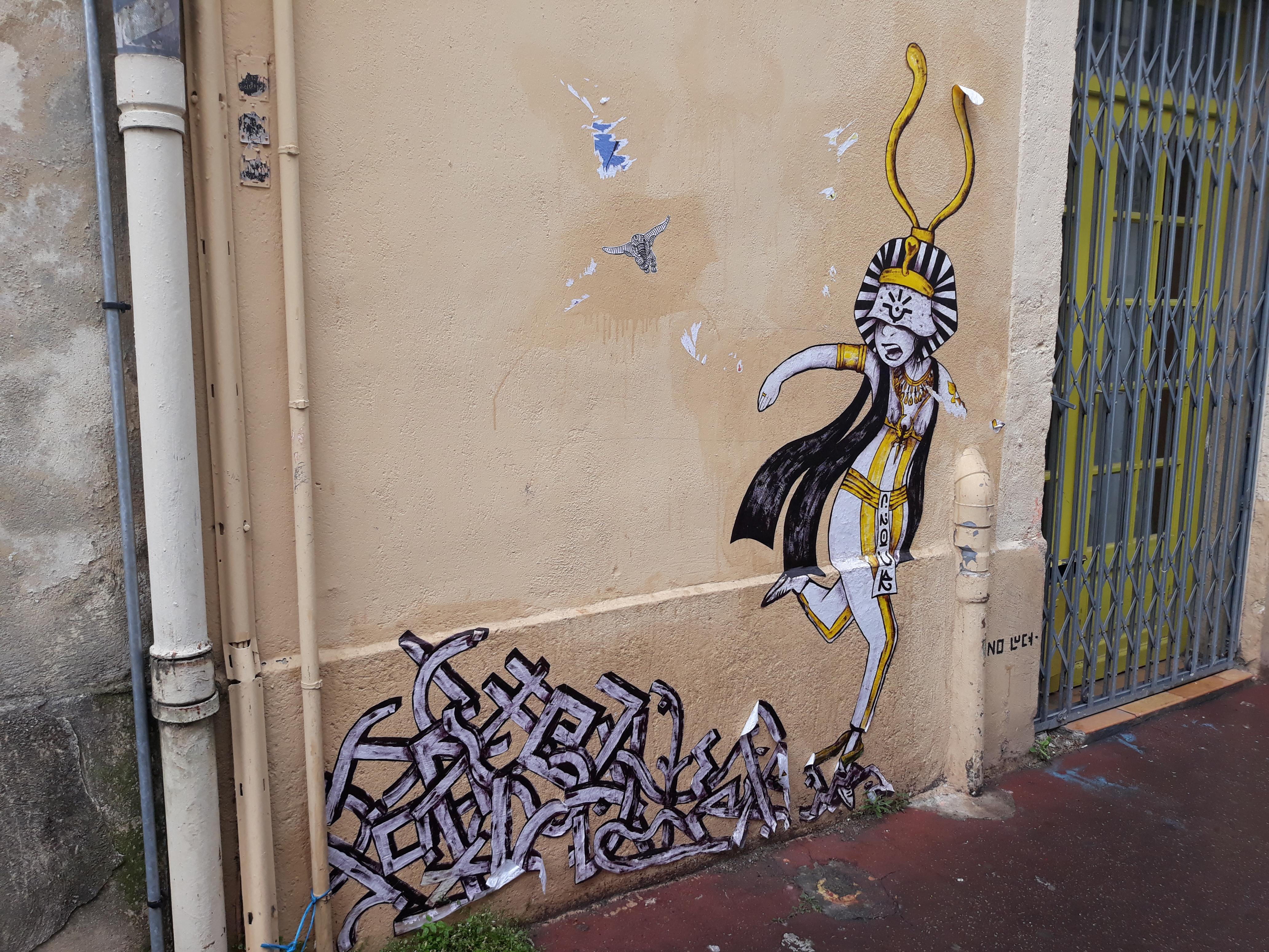 Balade Urbaine Montpellier : Street Art et quartier Antigone